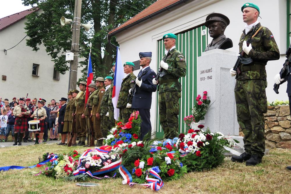 Dolní Vilémovice vzpomínaly na svého rodáka Jana Kubiše