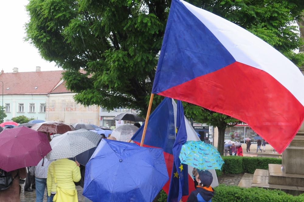 Lidé vzpomenou sovětskou okupaci i chvíle, kdy Češi stáli proti Čechům