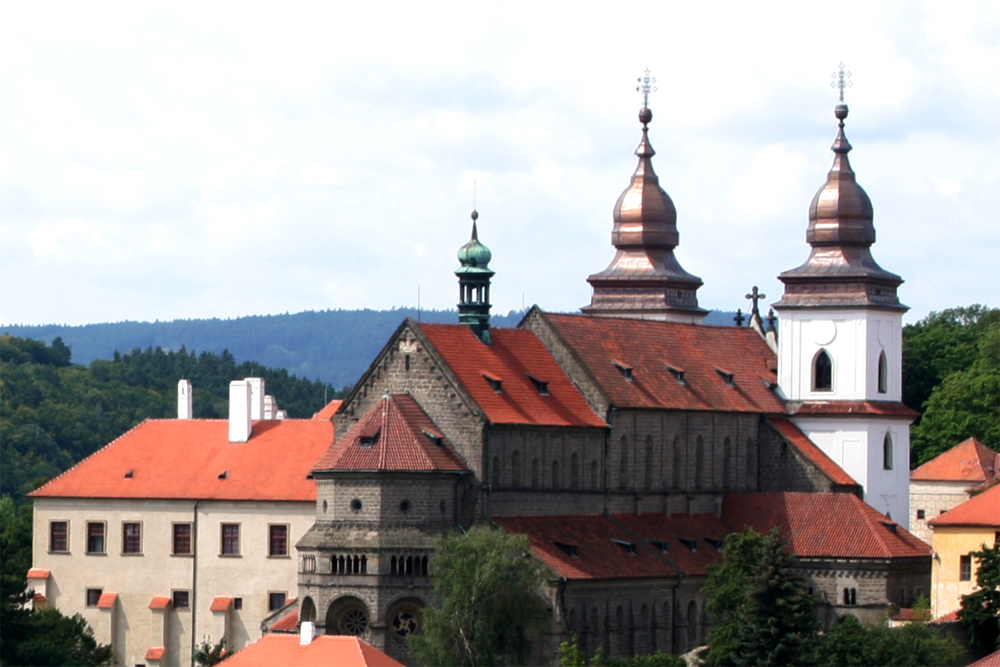 Páteční noc bude patřit kostelům i na Třebíčsku