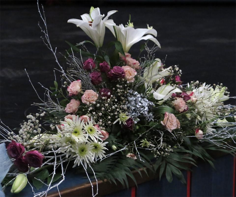 Dojem umocňovala i krásná květinová výzdoba.